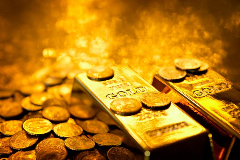 What's Behind Tumbling Gold Prices?